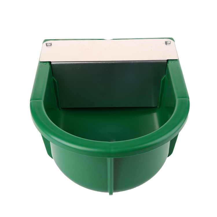 5L Big Capacity Automatic Plastic Floating Drinker Bowl for Horse/ Cattle